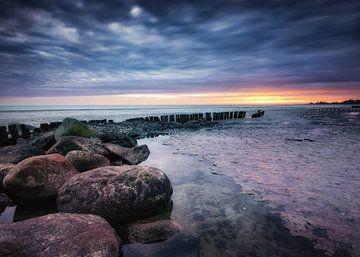 Zonsopkomst aan het IJsselmeer van Jos Reimering