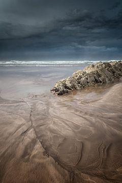 Storm voor de kust van Casablanca in Marokko in Noord Afrika van Bas Meelker