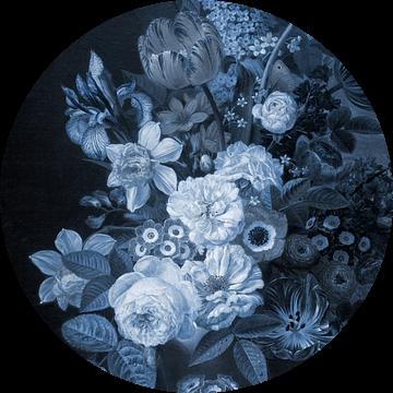 Still Life III- Delft Blue van Marja van den Hurk