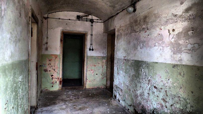 urban/rural decay 01 von Ilona Picha-Höberth