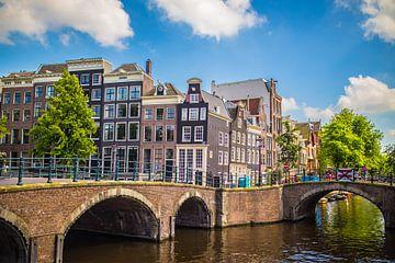 Sprookjes van Amsterdam van Omri Raviv