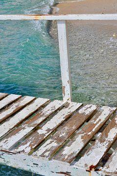 Steiger naar de blauwe zee van Myrthe Visser-Wind