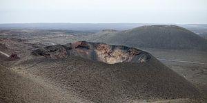 Vulkaankraters Timanfaya Nationaal Park Lanzarote van Ramona Stravers