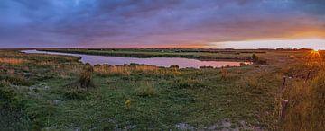 Zonsondergang in Koudenhoek in Ouddorp von Albert van der Spaan