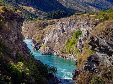Een ravijn nabij Queenstown in Nieuw-Zeeland van Rik Pijnenburg