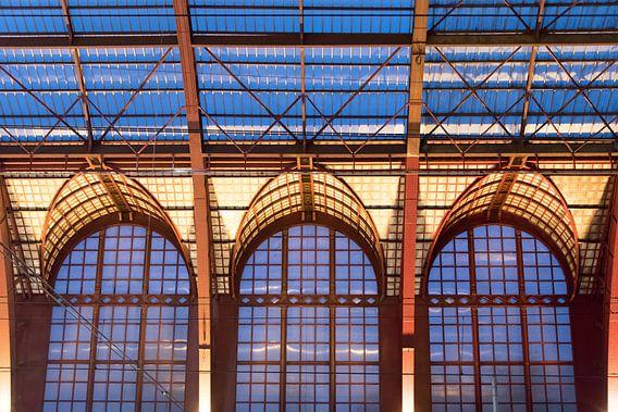 Treinhal Antwerpen-Centraal van Sophie Wils