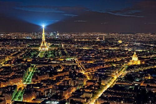 Stadt des Lichts, Paris, Eiffelturm vom Tour Montparnasse von Rob de Voogd / zzapback