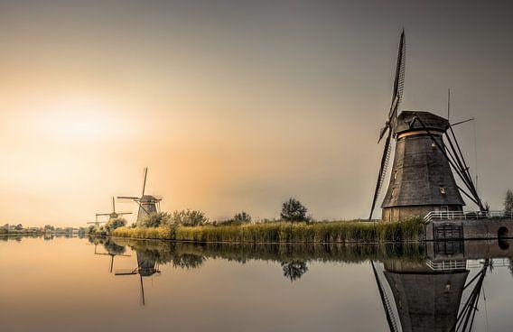 Zonsondergang windmolens Kinderdijk van Rob Visser