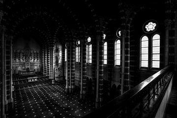 Invallend licht in klooster kapel van