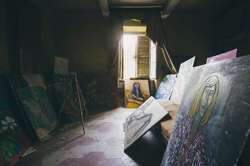 verlaten schilderijen van Kristof Ven