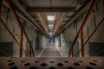 L'escalier de la prison (Urbex) sur Eus Driessen