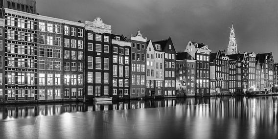 Het Rokin in de avond in zwart wit van Menno Schaefer