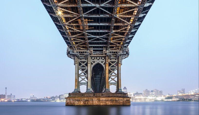 The Manhattan Bridge van Nico Geerlings