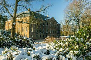 Château au soleil et à la neige
