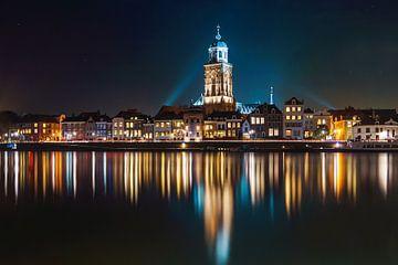 Deventer at Night van