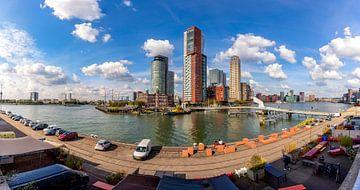 Een blik naar Kop van Zuid (Rotterdam, Nederland) van Martijn Mureau