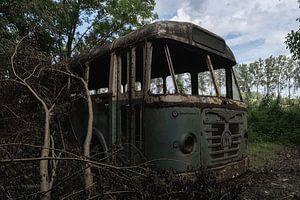 Oude Bus van Maikel Brands
