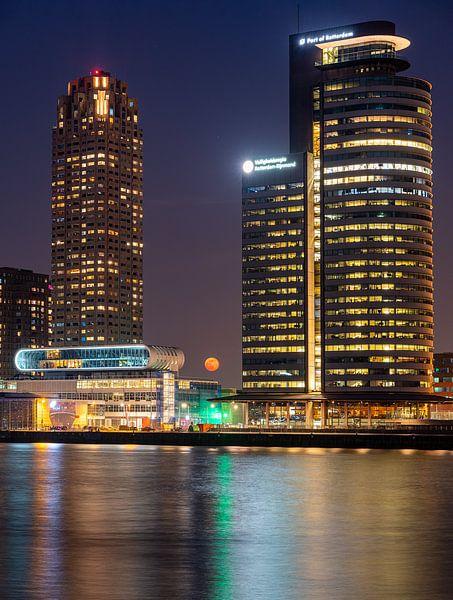 Rotterdamse Supermoon van Jeroen Kleiberg
