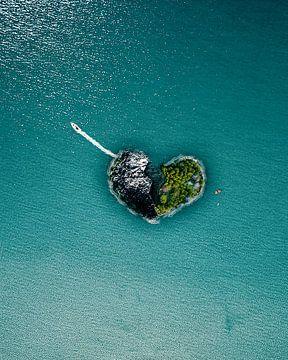 Heartbreak island van Martijn Van Weeghel