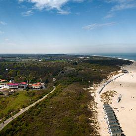 Het strand van Vrouwenpolder in de lente 2 van Percy's fotografie