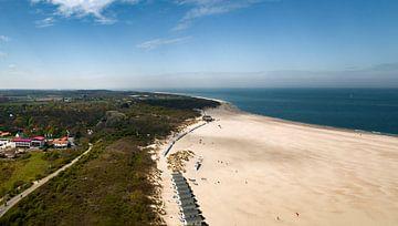 Het strand van Vrouwenpolder in de lente 2