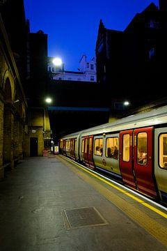 Metro station van Paddington, Londen | London Underground | Straatfotografie van Diana van Neck Photography