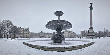 Schlossplatzbrunnen im Winter von Keith Wilson Photography