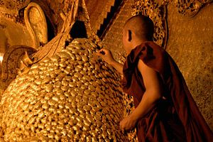 Monnik & Buddha van