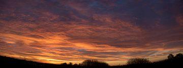 schitterende avondlucht tijdens ondergaande zon von Margriet Hulsker