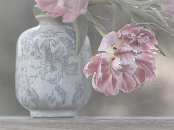 Soft Pink Tulips von Marina de Wit