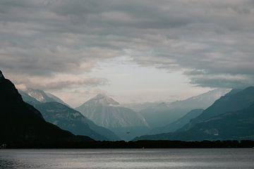 Zwitsers meer in de Alpen van Jessie Jansen