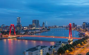 Le Willemsbrug à Rotterdam avec un nouvel éclairage sur MS Fotografie | Marc van der Stelt