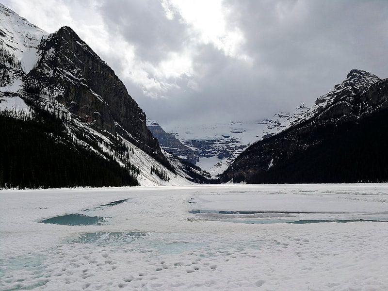 Bevroren Lake Louise van Irene Hoekstra