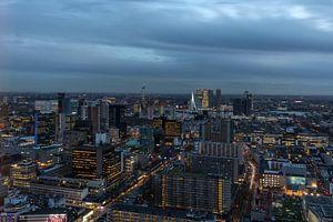 De uitzicht op het stadscentrum van Rotterdam