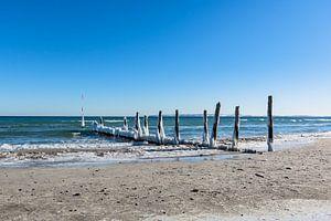 vereiste Buhnen am Strand in Juliusruh, Rügen von GH Foto & Artdesign