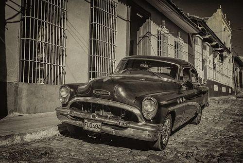 Oldtimer auto in de straten van Havana, Cuba van Original Mostert Photography