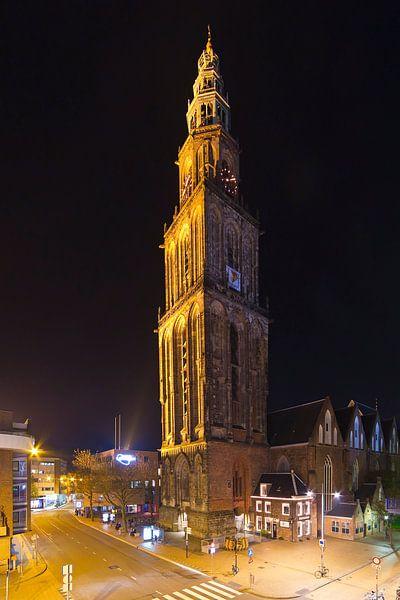 Martinitoren nachtfoto te Groningen van Anton de Zeeuw