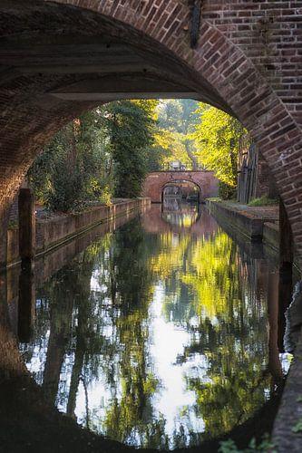 De Nieuwegracht in Utrecht in herfstkleuren (1) van