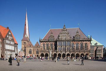 Liebfrauenkirche und Altes Rathaus am Marktplatz von Torsten Krüger