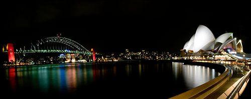 Sydney Opera House by night Panorama van