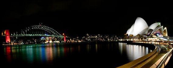 Sydney Opera House by night Panorama
