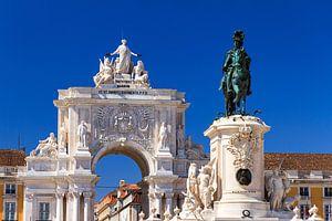 José I en de Arco da Rua Augusta in Lissabon van