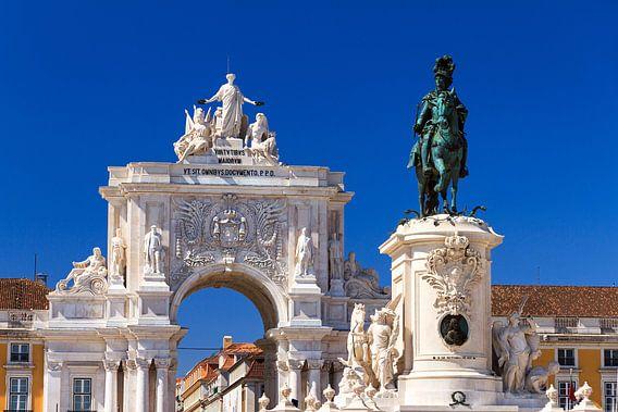 José I en de Arco da Rua Augusta in Lissabon van Dennis van de Water