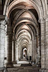Doorkijk in de kathedraal van Laon