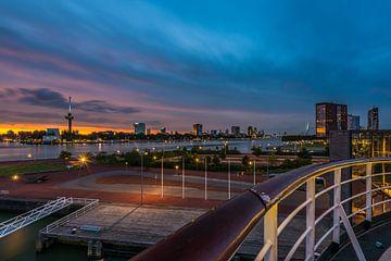Zonsondergang vanaf de SS Rotterdam sur Marco Faasse