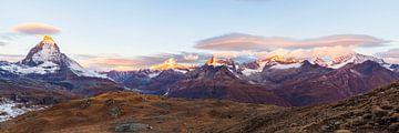 De Matterhorn, de Alphubel en de Rimpfischhorn in Zwitserland van Werner Dieterich