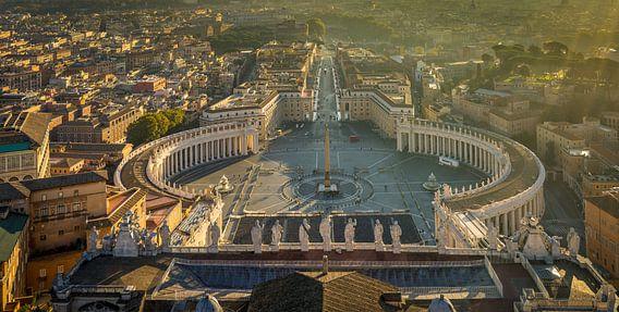 Rome, Vaticaan, uitzicht op St. Pietersplein I van Teun Ruijters