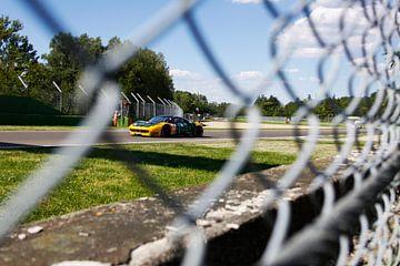 Ferrari 458 op circuit Imola van Ralph van Houten