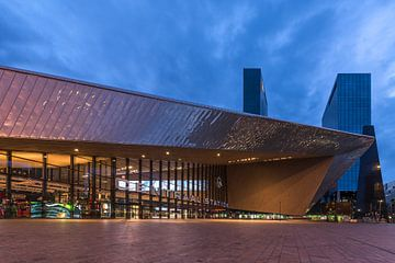 Central Station - Blue hour sur Prachtig Rotterdam