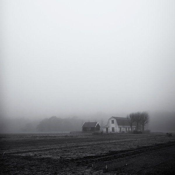 Boerderij in de mist, Heemskerk van Paul Beentjes